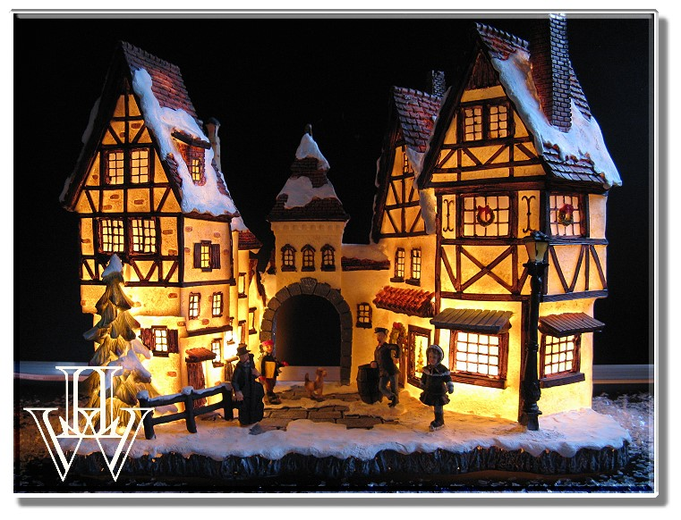 gro es fachwerk weihnachtsdorf winterdorf beleuchtet weihnachten deko neuware ebay. Black Bedroom Furniture Sets. Home Design Ideas